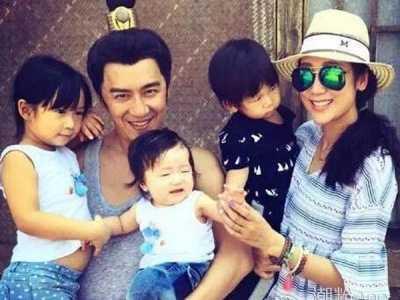 陈浩民的老婆 老婆高龄剖腹产子如今家庭美满